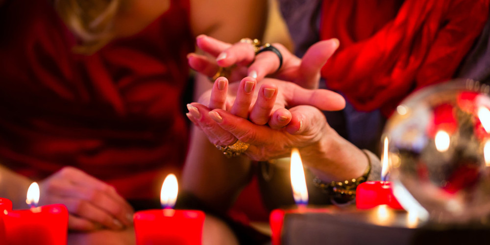 Why You Should Go For A Psychic Reading?